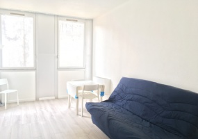 4 SQUARE LEON BLUM,PUTEAUX,92800,1 BathroomBathrooms,Appartement,SQUARE LEON BLUM,1,1074